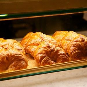 19 of 20: Les Halles Boulangerie Patisserie - Les Halles Boulangerie Patisserie tour