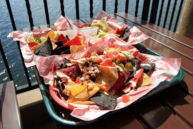 La Cantina de San Angel - Nachos, Tacos de Pollo and Tacos de Carne