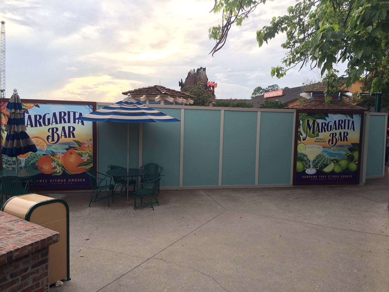 Cap n Jacks Margarita Bar closed for refurbishment