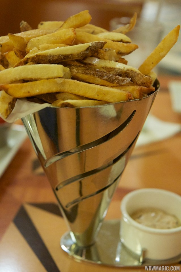 Captain's Grille - Captain's Grille - Hand-cut Salt and Vinegar Fries Roasted Shallot Mayonnaise
