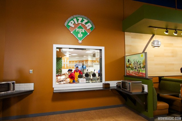 End Zone Food Court - New All Star Sports End Zone Food Court - Pizza pickup window