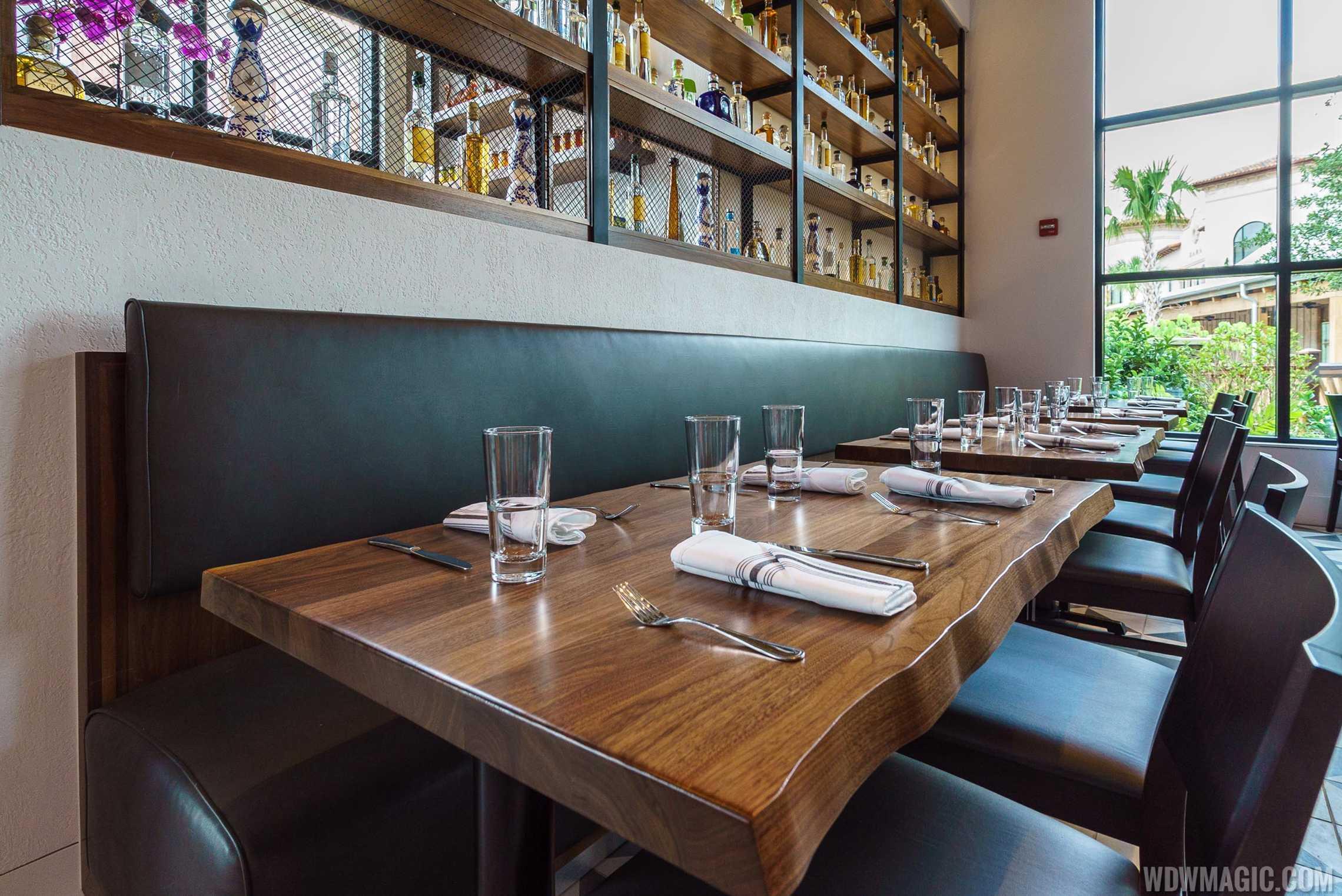 Frontera Cocina - Tables