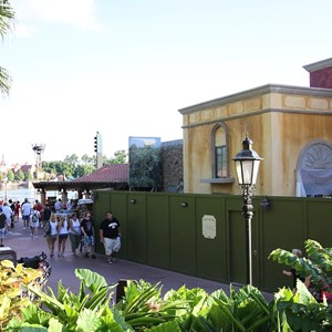 3 of 7: La Hacienda de San Angel - Construction walls down
