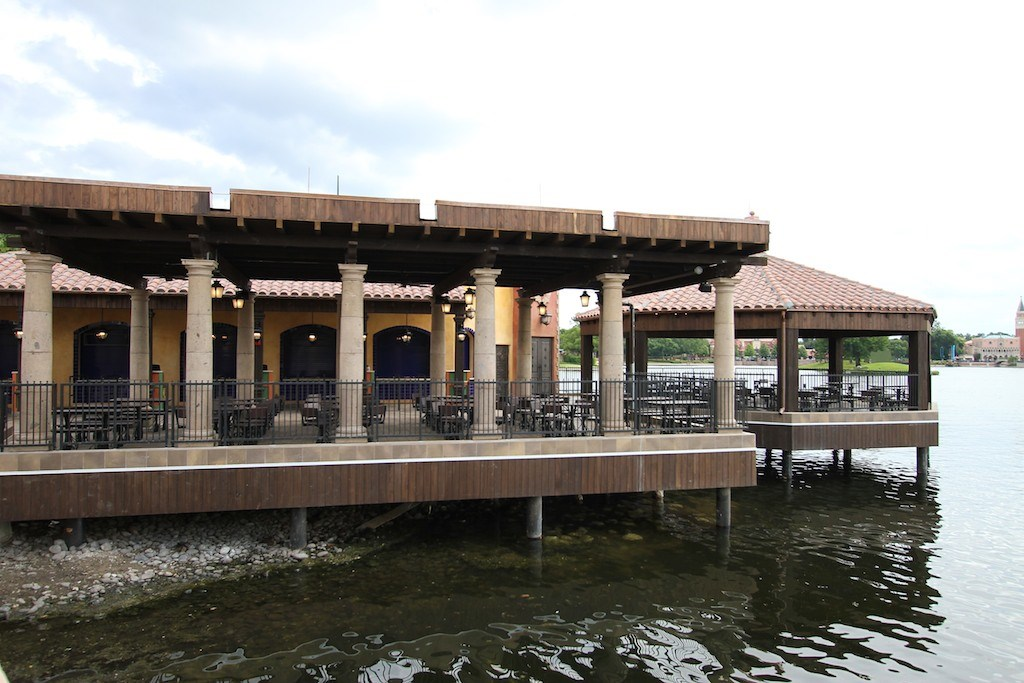 Construction and exterior dining areas