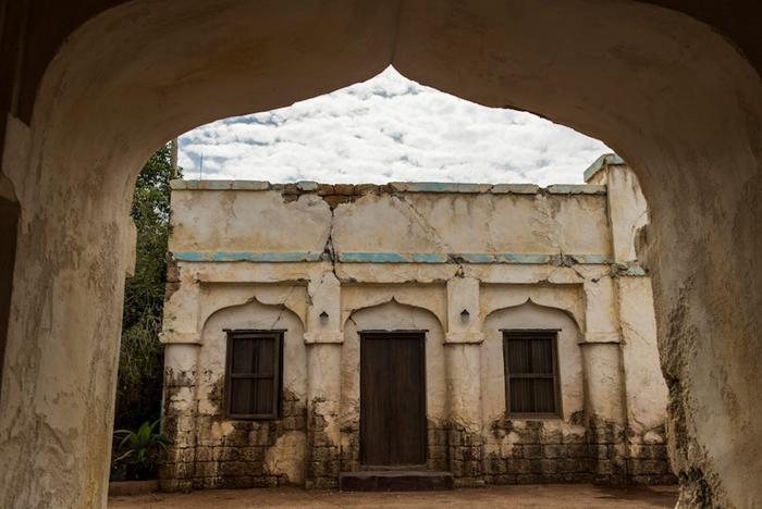 Harambe Market behind the walls