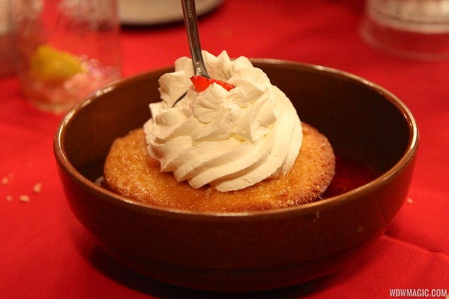 Hoop Dee Doo Musical Revue - Hoop Dee Doo Musical Revue food - Strawberry Shortcake Dessert
