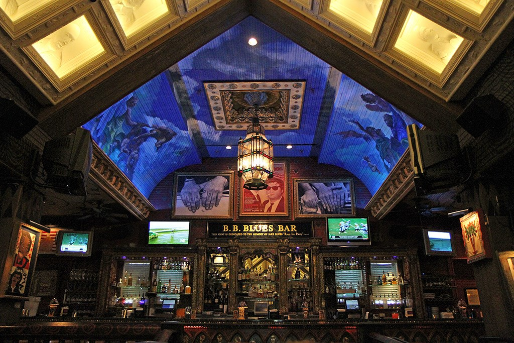 House of Blues dining room
