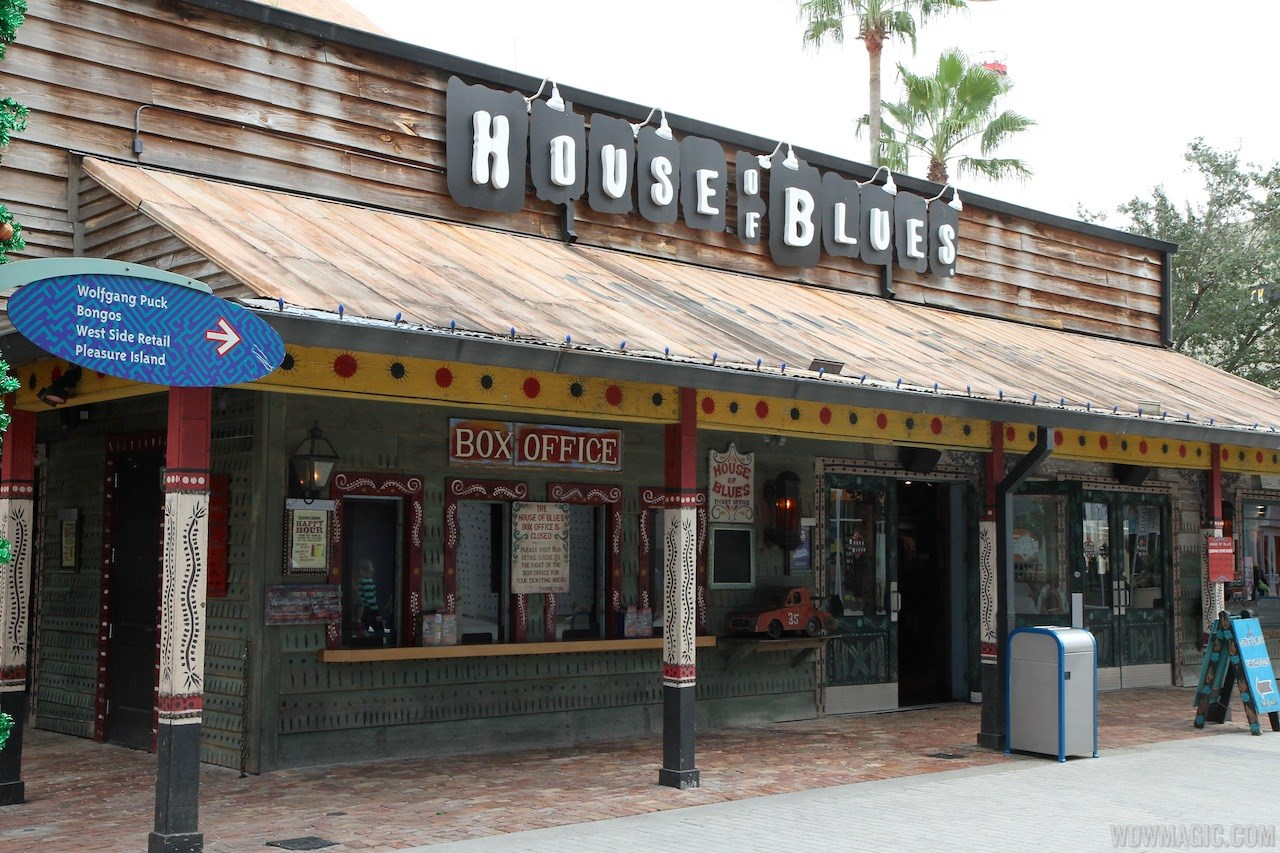 House of Blues quick service barbecue construction
