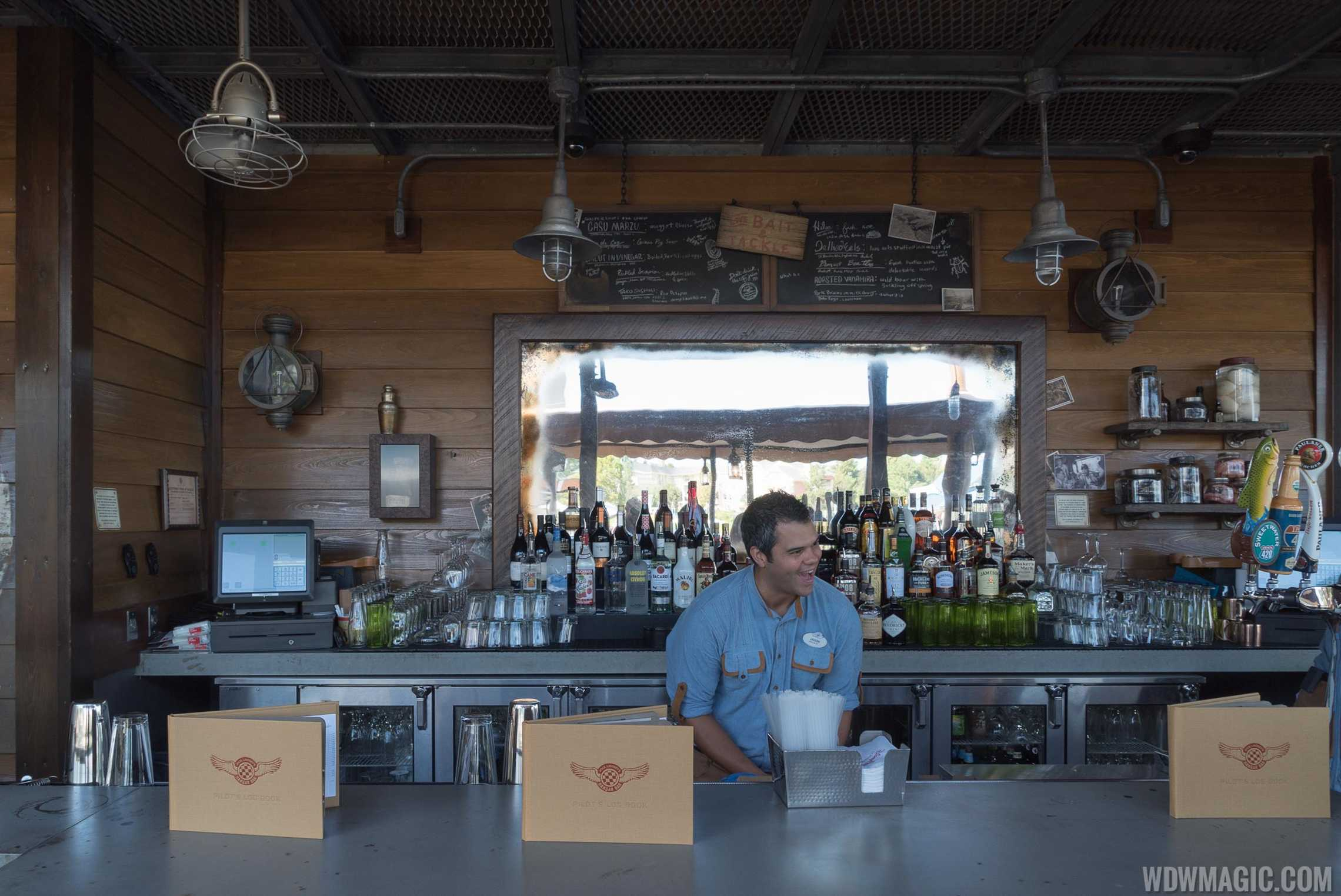 Jock Lindsey's Hangar Bar - The outdoor bar