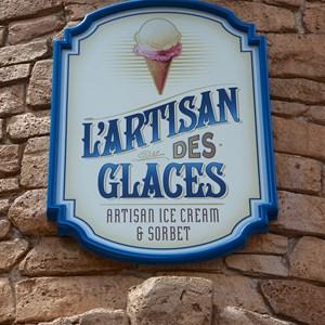 2 of 16: L'Artisan des Glaces - L'Artisan des Glaces sign