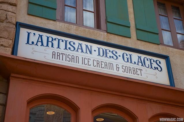 L'Artisan des Glaces - L'Artisan des Glaces signage