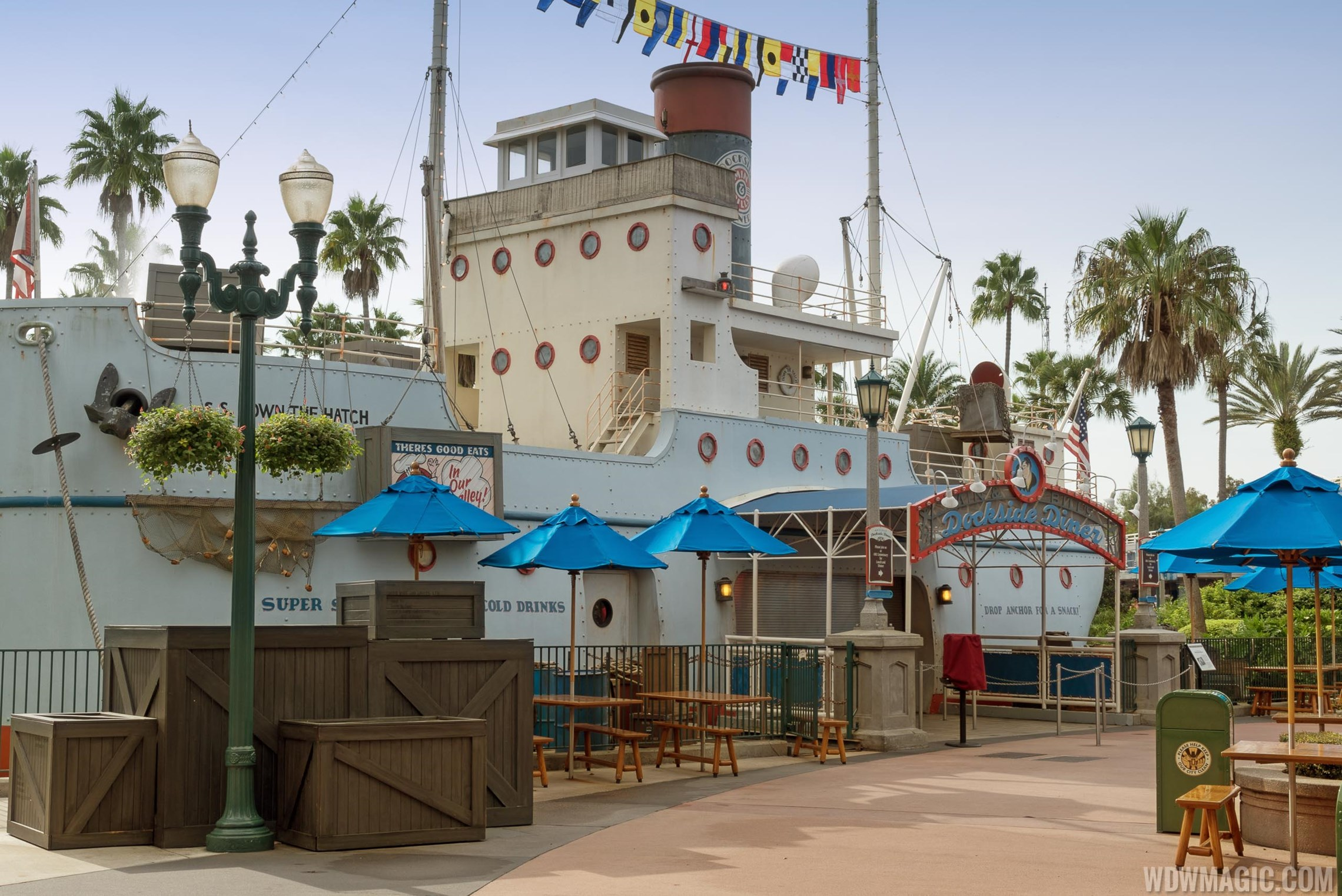 Min and Bills Dockside Diner overview