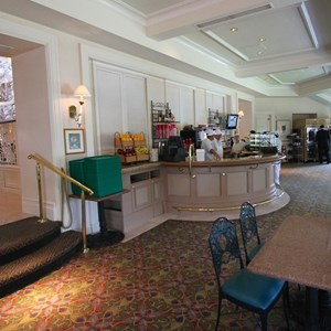 1 of 8: Mizner's Lounge - Mizner's setup for quick service dining