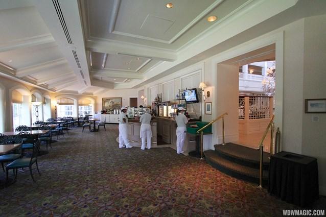 Mizner's Lounge - Mizner's dining area