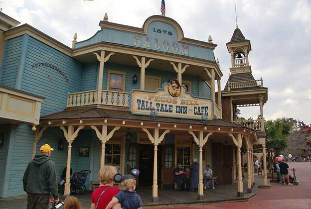 Pecos Bills reopens after refurbishment