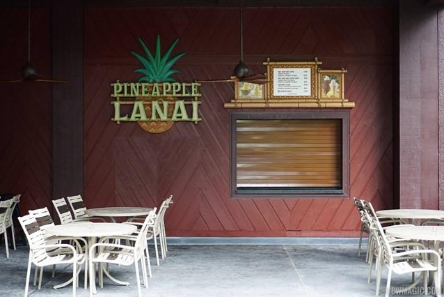 Pineapple Lanai - Pineapple Lanai kiosk and seating