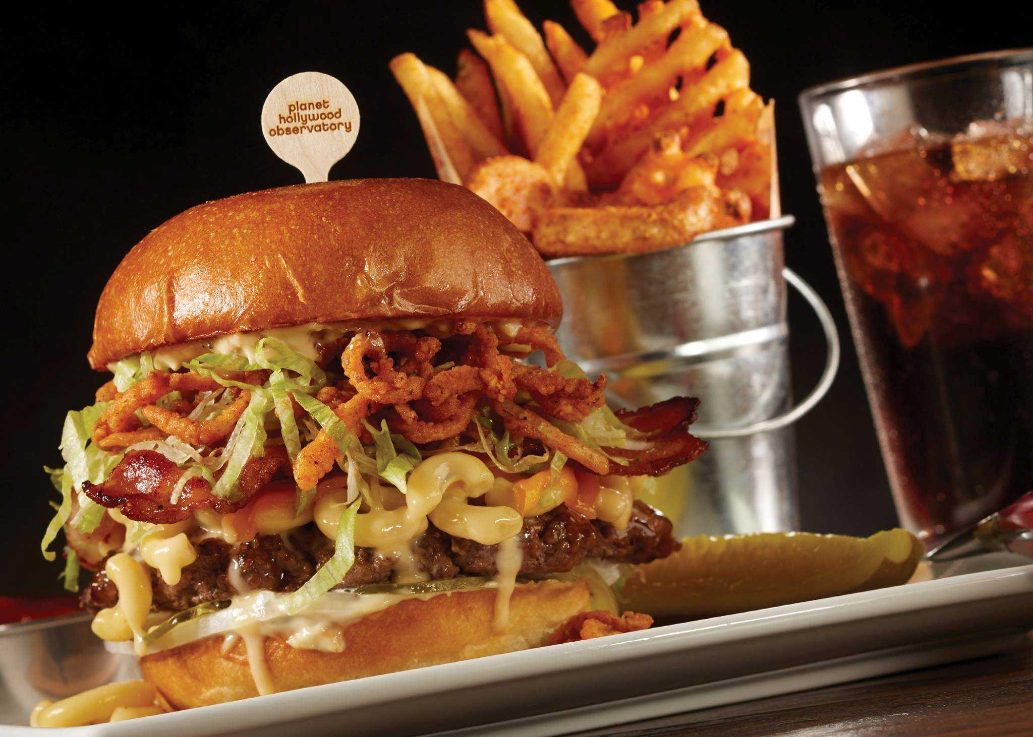 Bacon Mac-n-Cheese burger