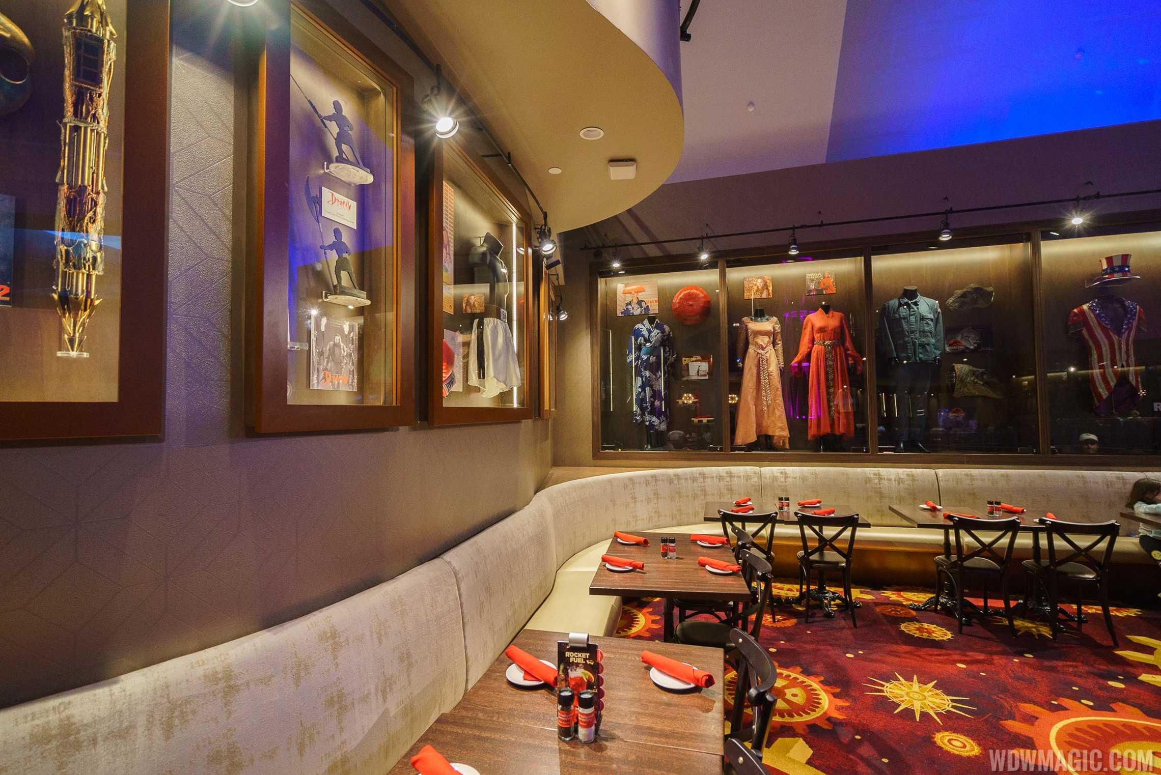 Planet Hollywood Observatory - Second level dining room