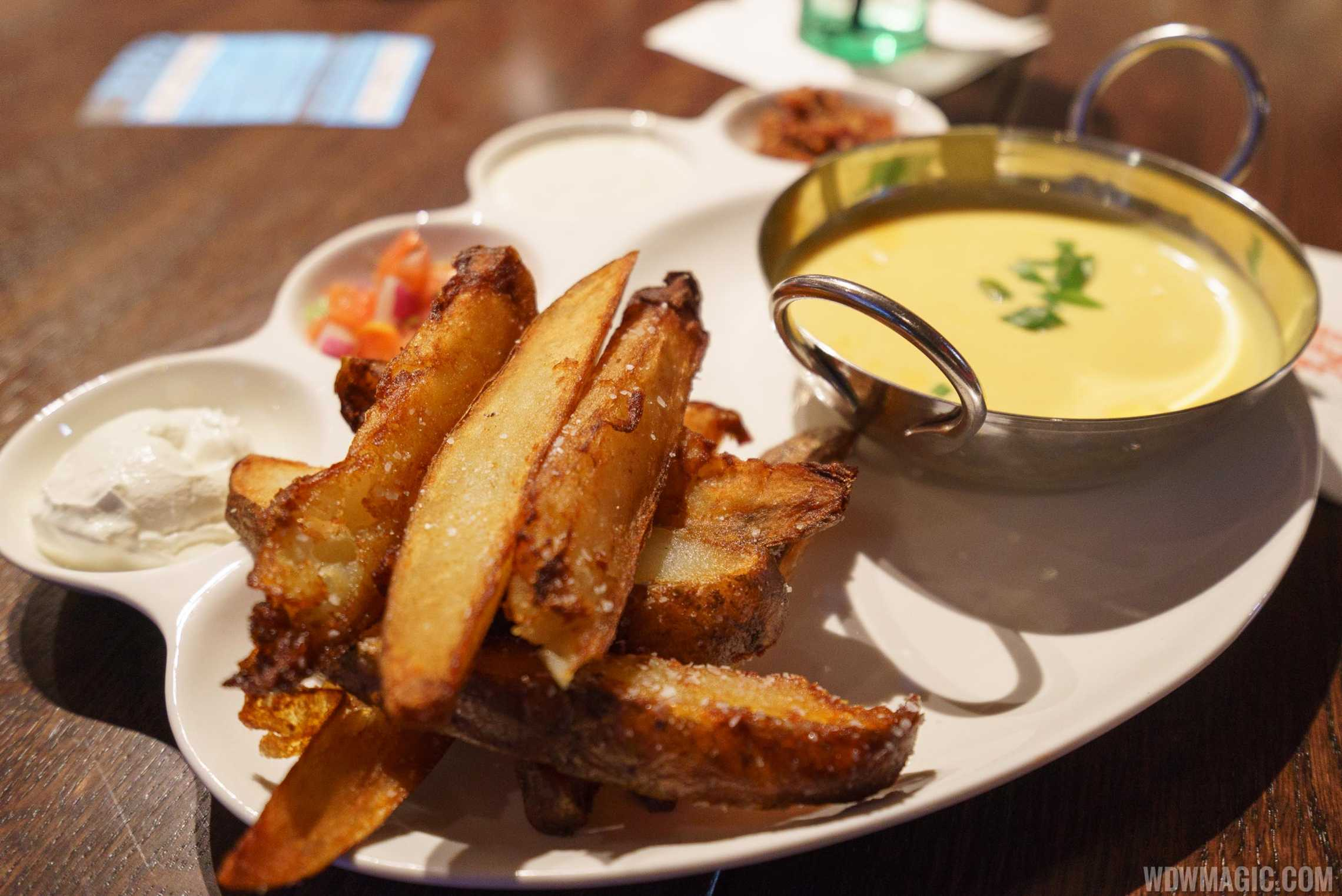 Planet Hollywood Observatory - Potato Wedge Dippers
