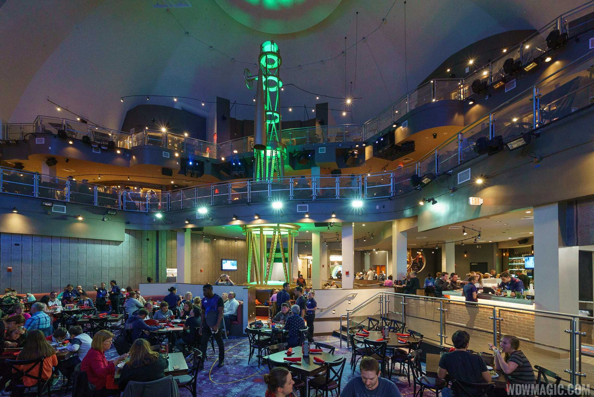 Planet Hollywood Observatory - Lower level dining room