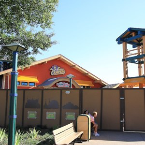 2 of 5: Pollo Campero - Construction and signage