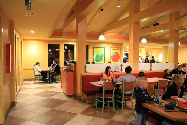 Pollo Campero - The dining area - a mix of tables and booths