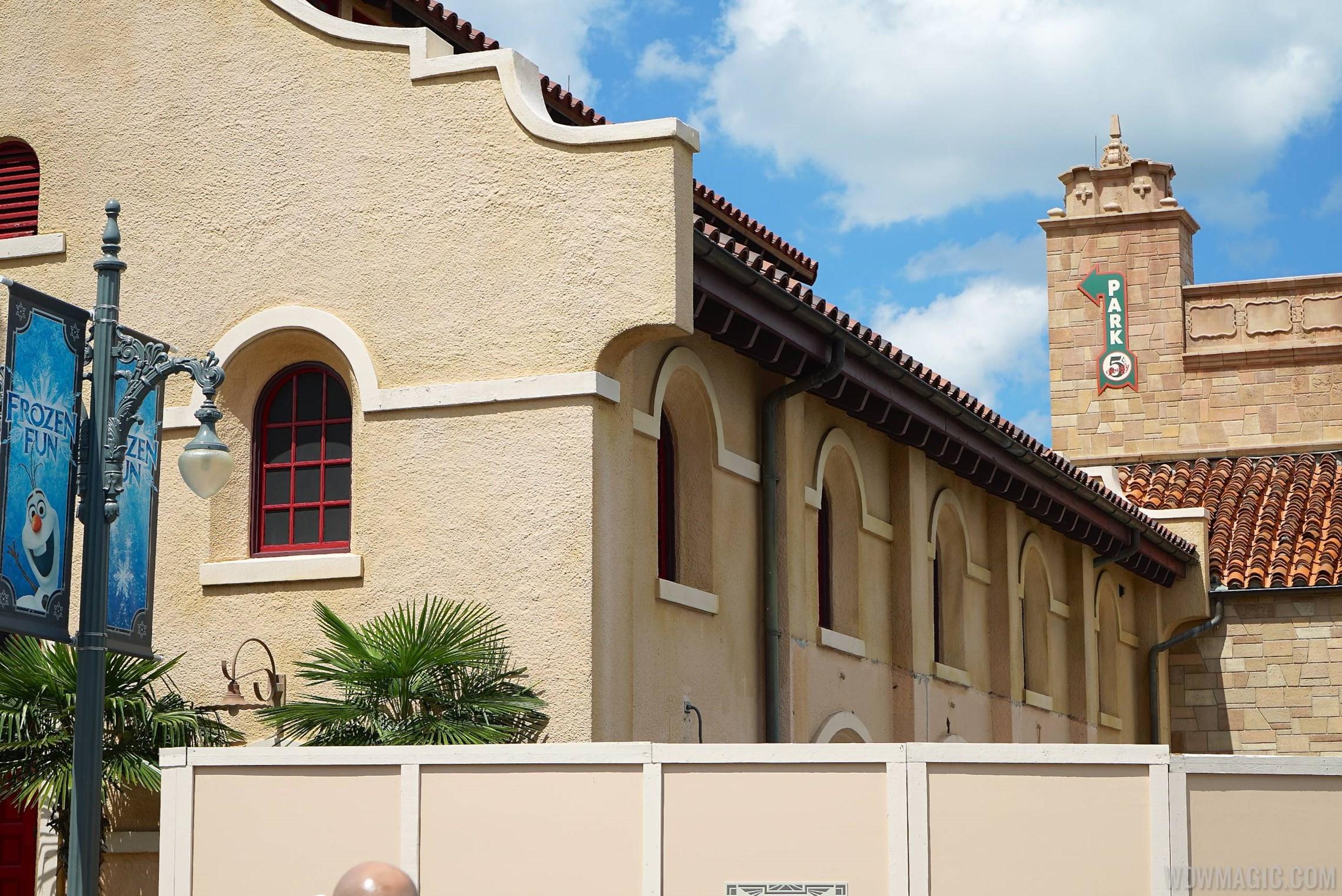 Starbucks Disney's Hollywood Studios construction
