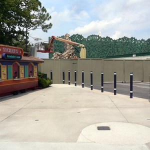 2 of 8: T-Rex - T-Rex restaurant construction