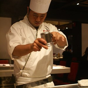 2 of 8: Teppan Edo - Teppan Edo chef performance