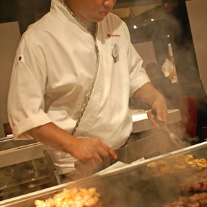 8 of 8: Teppan Edo - Teppan Edo chef performance