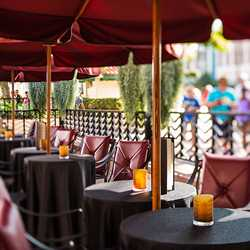 The Hollywood Brown Derby Lounge