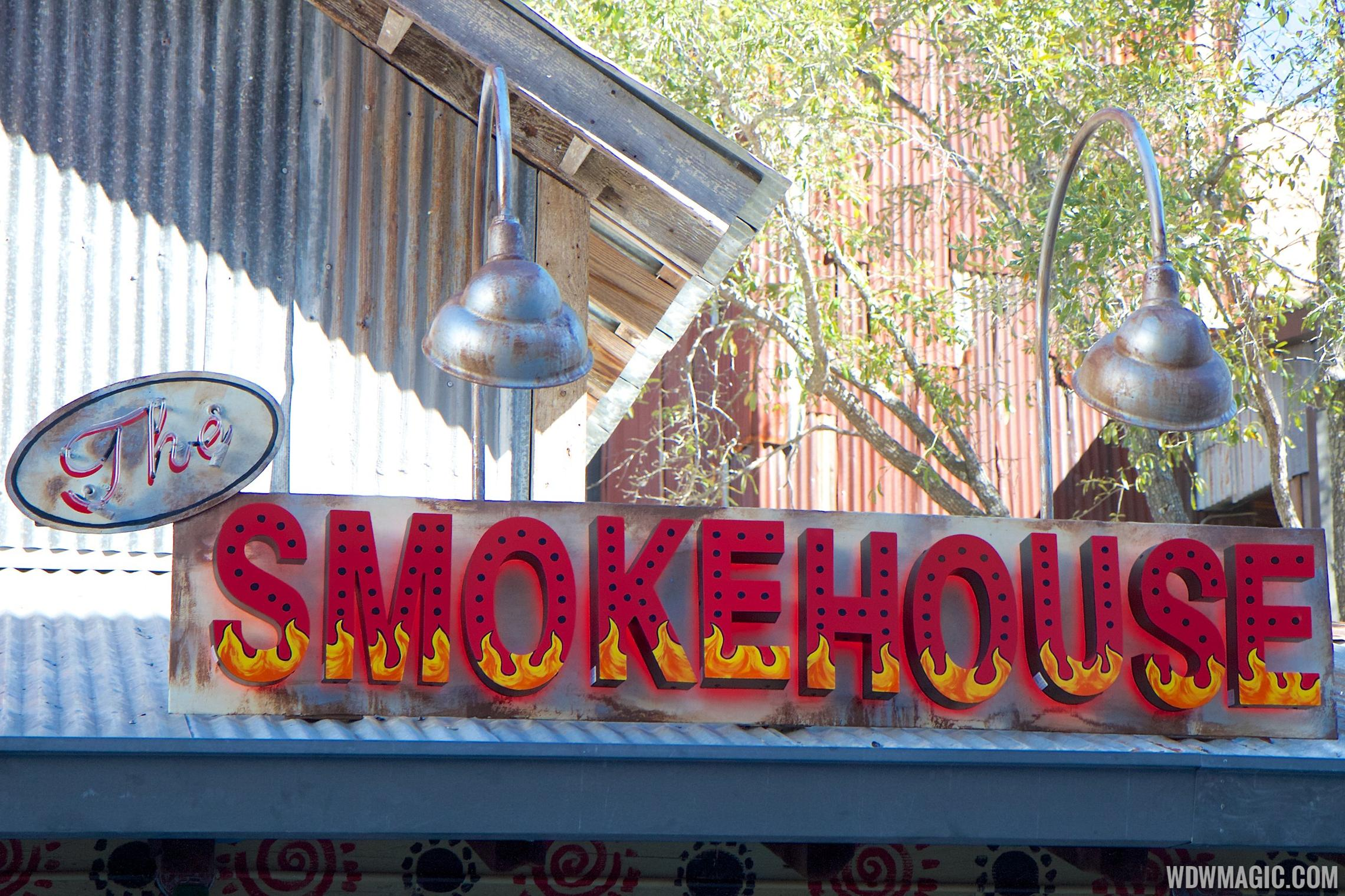 The Smokehouse sign at House of Blues