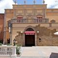 Tutto Italia Ristorante - Tutto Gusto Wine Cellar entrance