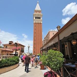 7 of 16: Tutto Italia Ristorante - Tutto Italia courtyard