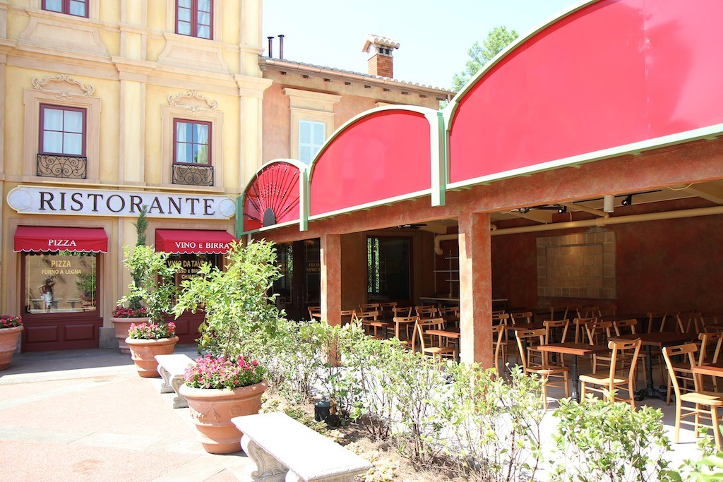 Opening day - exterior, dining room and food