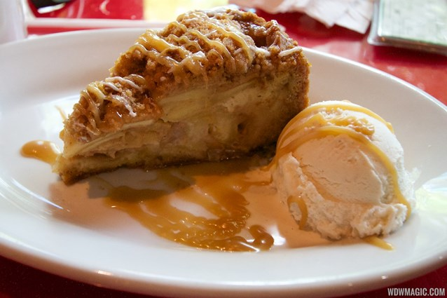 Whispering Canyon Cafe - Whispering Canyon Cafe - Apple Caramel pie