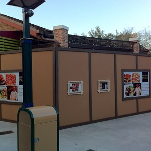 1 of 1: Wolfgang Puck Express - Marketplace - Outdoor seating area construction