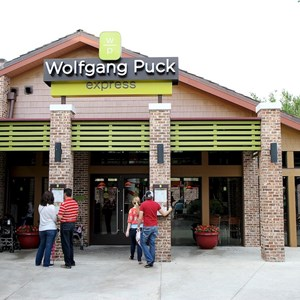 5 of 5: Wolfgang Puck Express - Marketplace - Completed enclosed seating area