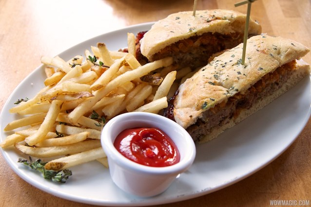Wolfgang Puck Express - Marketplace - Wolfgang Puck Express Marketplace - Meatball sandwich