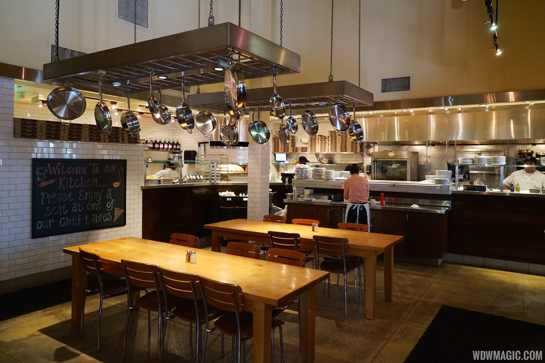 Wolfgang Puck Express Marketplace overview