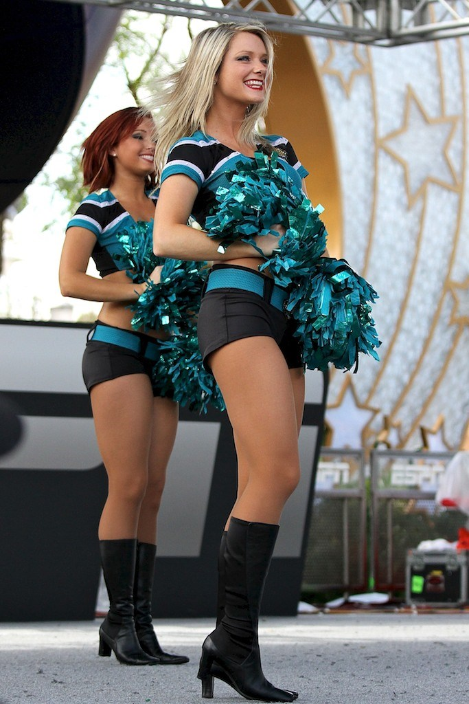 2011 ESPN The Weekend - Day 3 - Jacksonville Jaguars Cheerleaders