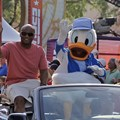 ESPN The Weekend - Warren Moon in the 2009 ESPN Weekend motorcade 