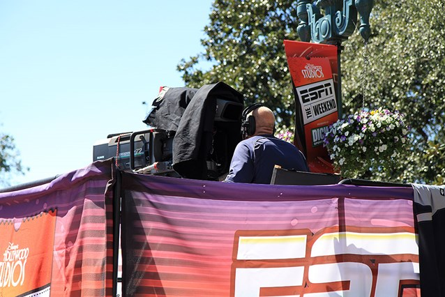 ESPN The Weekend - Camera crews