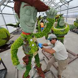 Toy Story Topiary backstage preparations