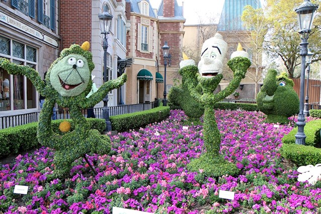 Epcot International Flower and Garden Festival - More Beauty and the Beast topiary in France