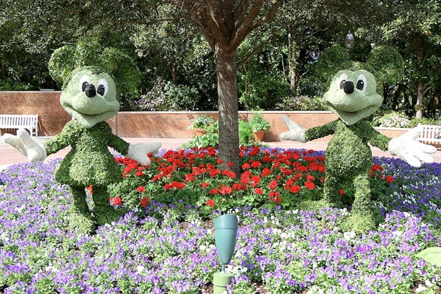 International Flower and Garden Festival - Mickey and Minnie at the American Adventure Pavilion