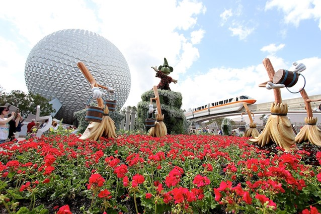 Epcot International Flower and Garden Festival - Main Entrance - Fantasia Topiary