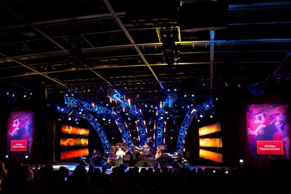 2012 Flower Power Concert - Jose Feliciano