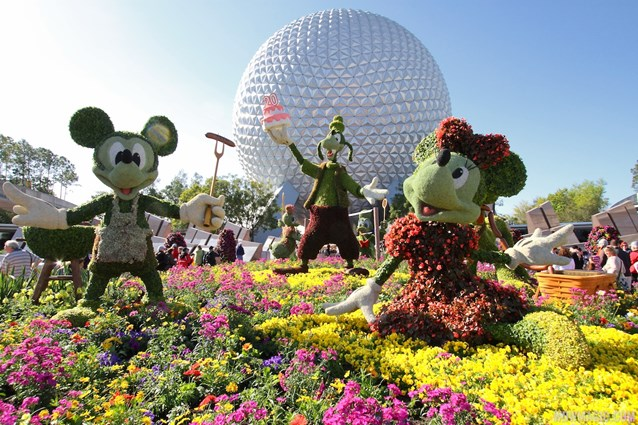 Epcot International Flower and Garden Festival - 2013 Epcot Flower and Garden Festival - Party with Mickey and Friends topiary