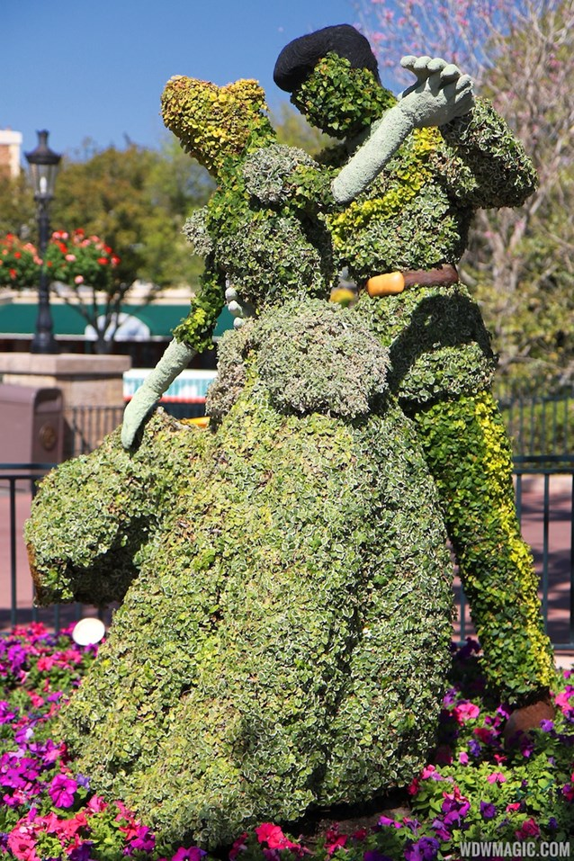 Epcot International Flower and Garden Festival - 2013 Epcot Flower and Garden Festival - Disney Princess topiary